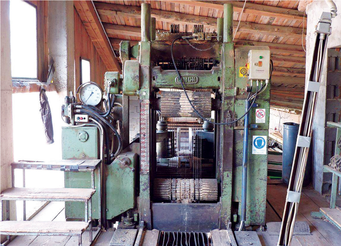 Servicing and renovation of Gatter – frame saw
